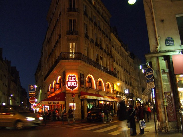 Rue Saint Andre des Arts by night