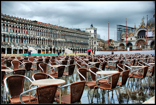 Venecia (Italia). Plaza de San Marcos bajo la lluvia.