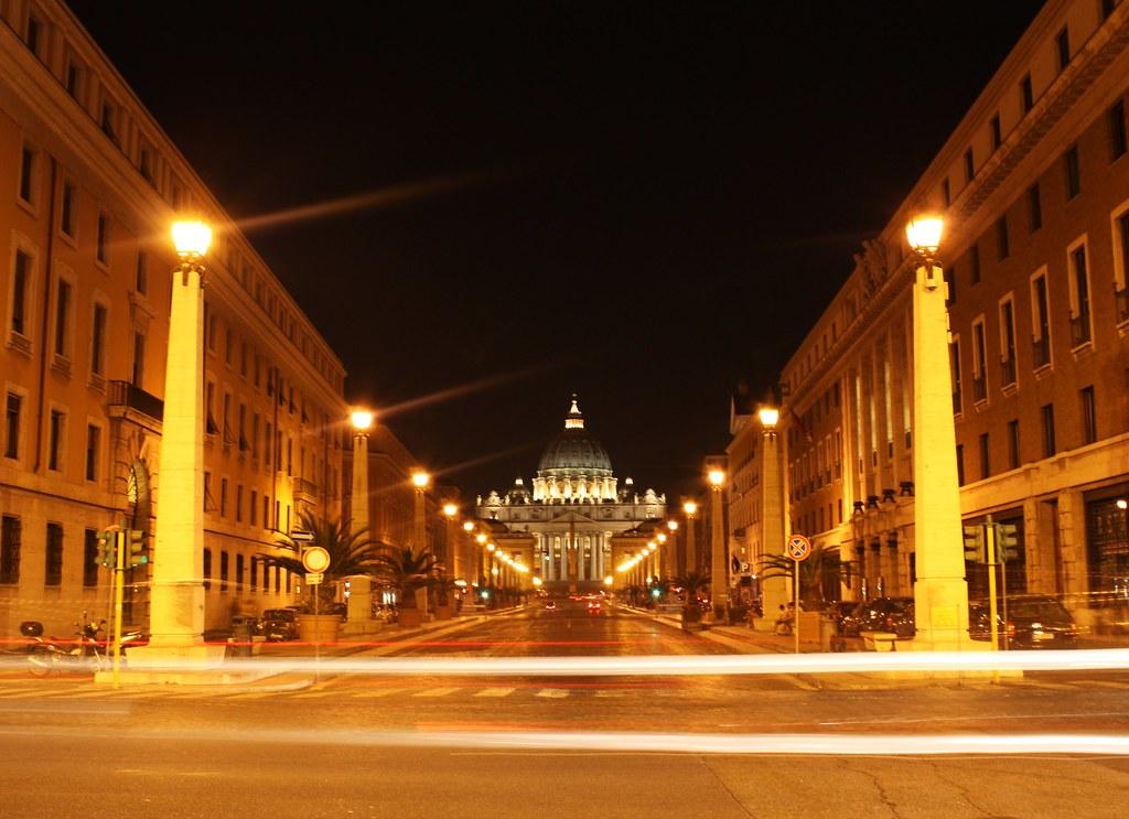 La Sala Stampa della Santa Sede smentisce il Papa: nessuna scomunica per i mafiosi