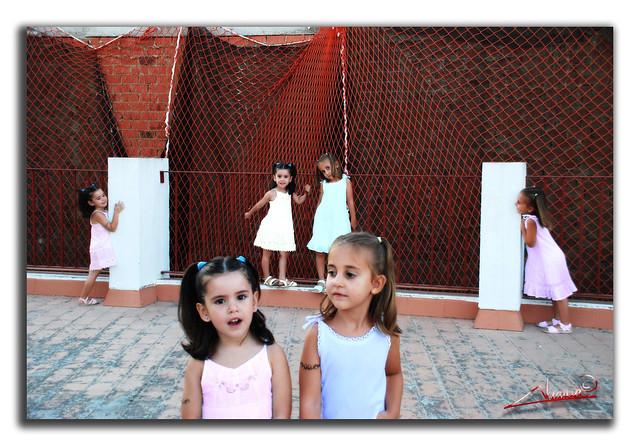 mis niñas clonadas