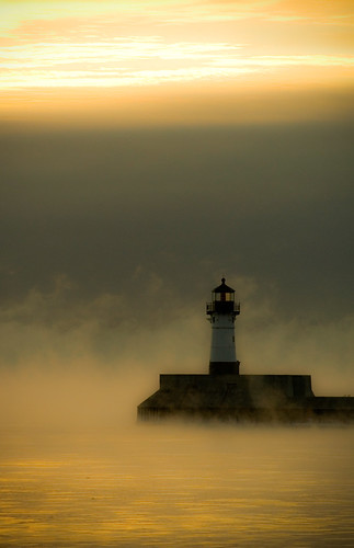 morning lighthouse lake cold sunrise superior steam duluth