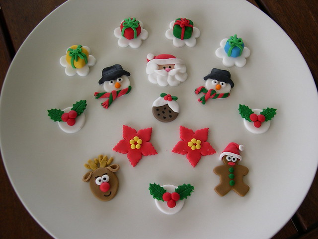 Cake Toppers For Christmas : Assorted christmas cupcake toppers - a photo on Flickriver
