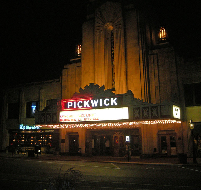 Pickwick Theater 2, Park Ridge, IL