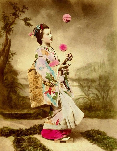 SPECIAL EFFECTS MAIKO (3) -- The Juggler