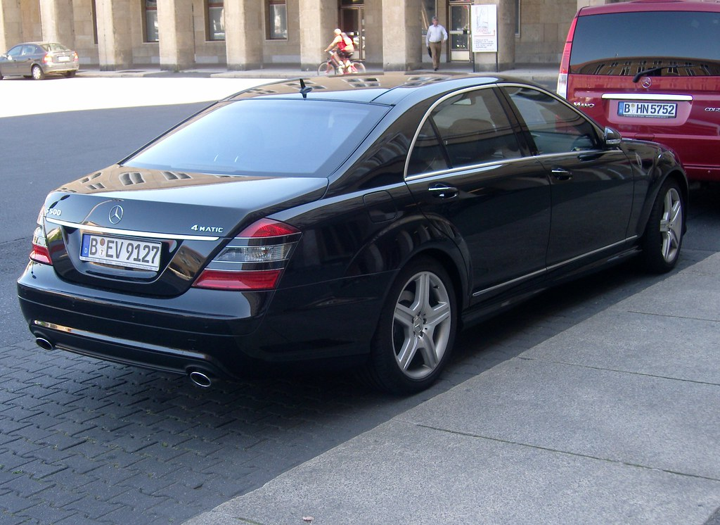 Premium class mercedes benz s 500 4matic flickr for Mercedes benz s500 2008
