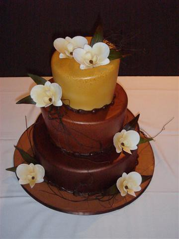 CakeStar Wedding Cake Chocolate & Bronze Orchids