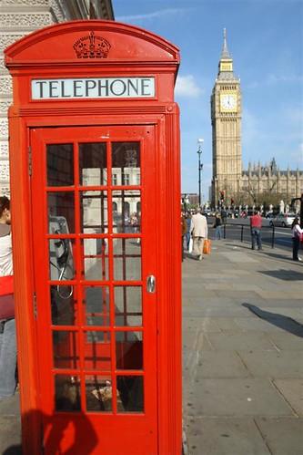 viajar entre Inglaterra y Francia: El emblemático Big-Ben y las típicas cabinas viajar entre inglaterra y francia - 2963379149 94114913f7 - Cómo viajar entre Inglaterra y Francia