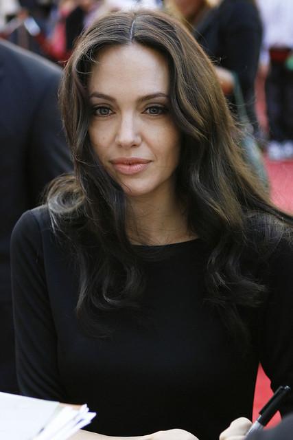 Angelina Jolie has nice knees