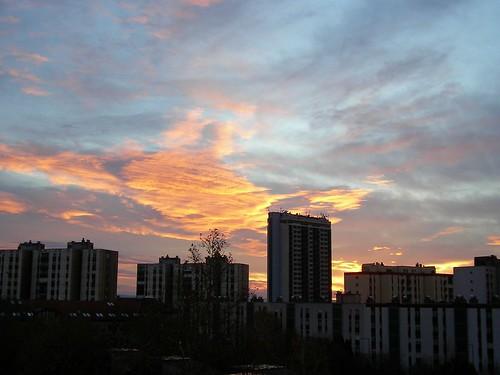 building clouds sunrise hungary contest sanyo ungarn felhő pécs xacti épület napfelkelte fünfkirchen pecuh