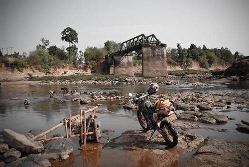 geotagged southeastasia laos motorbikes motorbikinginlaos geo:lat=1579005977115044 geo:lon=1062911929512337