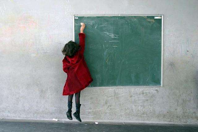 Ce simte copilul care se pregăteşte pentru şcoală?