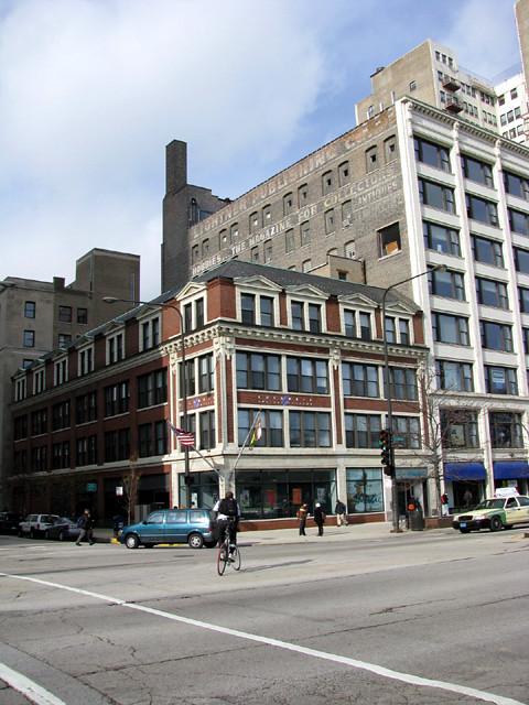 Columbia College Chicago's Music Bldg
