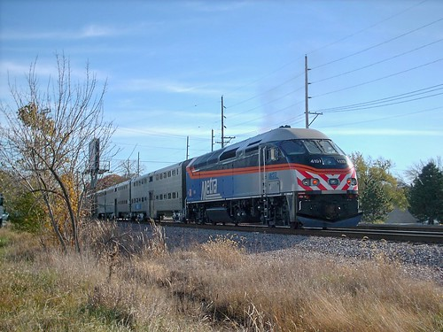 Eastbound Metra commuter local approaching River Grove Illinois. October 2007. by Eddie from Chicago