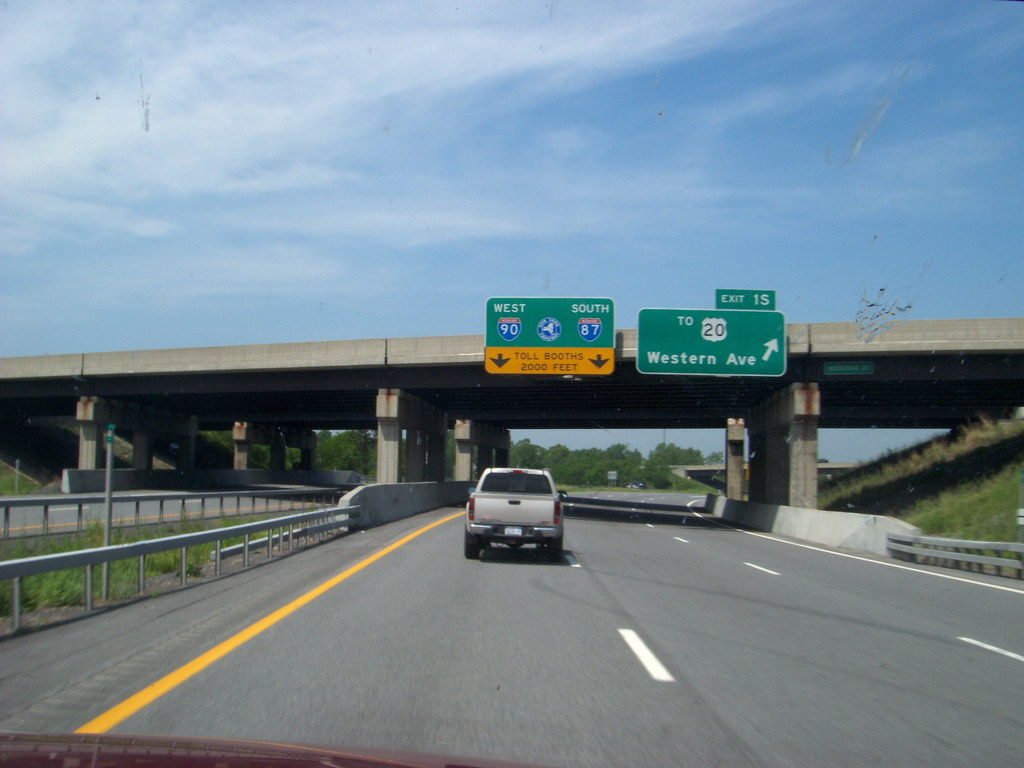 Toll Plaza On The New York State Thruway Exit 24 I 87 At I Flickr