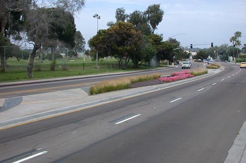 Grand Avenue Median Improvements