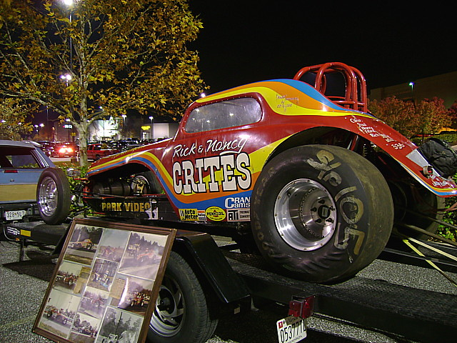 70s Dragsters http://www.flickr.com/photos/splattergraphics/3001660042/