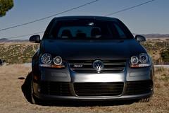 vehicle registration plate(0.0), volkswagen golf(0.0), automobile(1.0), automotive exterior(1.0), wheel(1.0), volkswagen(1.0), vehicle(1.0), automotive design(1.0), volkswagen golf variant(1.0), volkswagen r32(1.0), volkswagen gti(1.0), volkswagen golf mk5(1.0), city car(1.0), bumper(1.0), land vehicle(1.0), luxury vehicle(1.0),