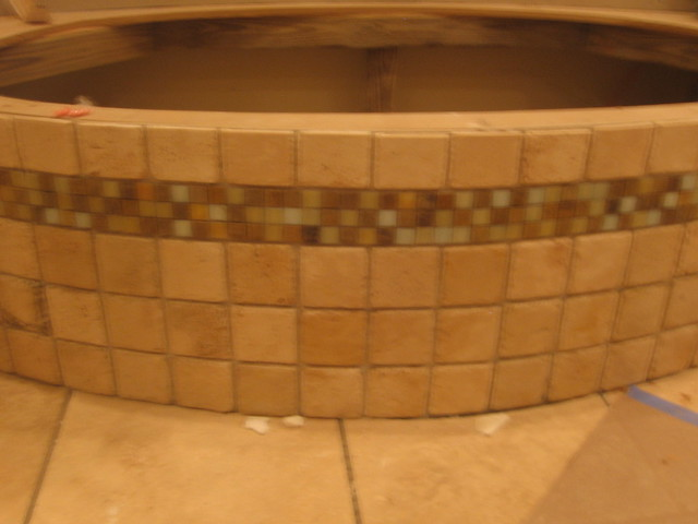 TUB SURROUND WITH MOSAIC GLASS TILE DESIGNS - PAGE 1 - DECORATING