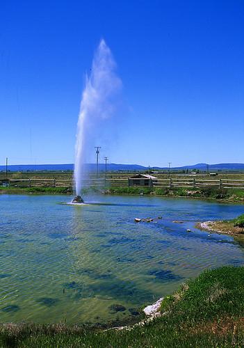 travel oregon steens geyser lakeview