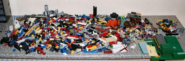 レゴの玩具