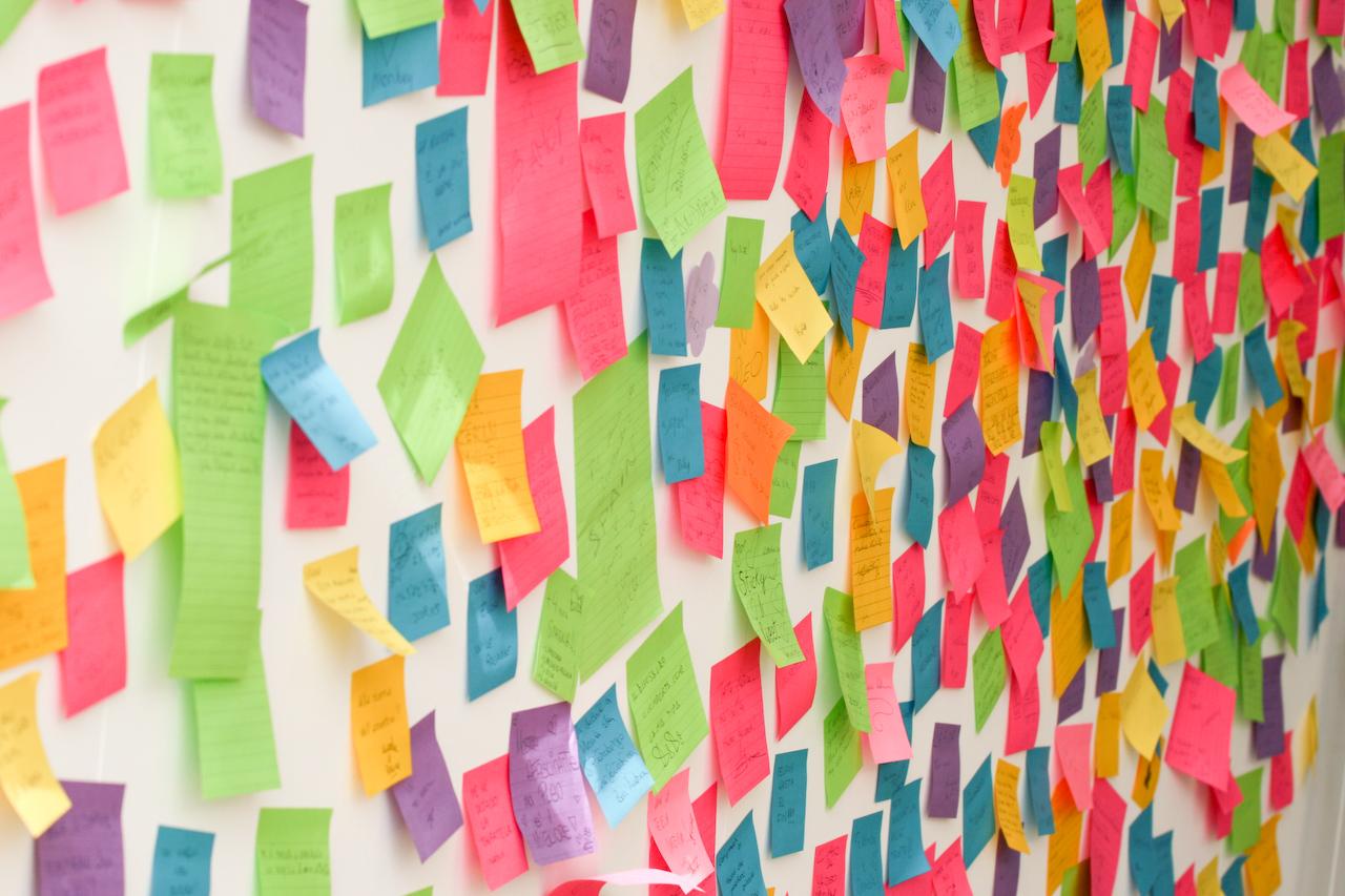 CRM facil: etiquetas para gestionar tu agenda de clientes y tu registro de actividad comercial