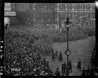 The WAACs marching in London at the end of World War I, 1918