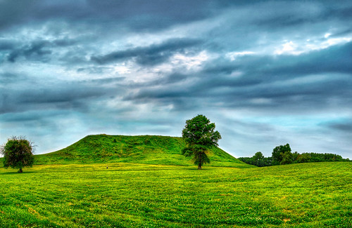 sky art photoshop illinois nikon indian dramatic joe sacred mound cahokia hdr mounds d80 nikon80