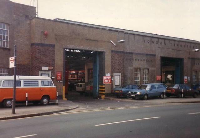 Hornchurch bus garage flickr photo sharing for Garage ad buc