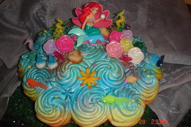 Little Mermaid Pull Apart Cupcake Cake