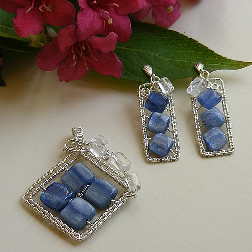 Framed River Set: pendant and clip-on earrings
