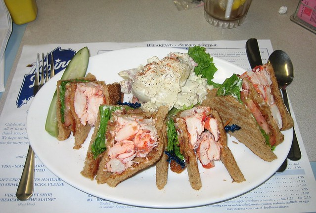 Lobster Club Sandwich | Bacon + anything = great. Bacon + lo ...