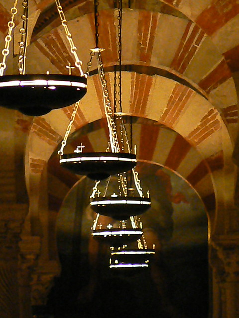 Lamps in the mezquita