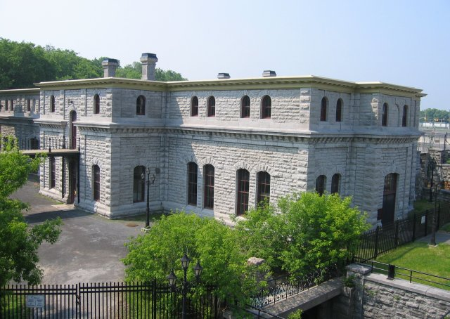 A photograph of the Fleet Street Pumping Station in Centretown West
