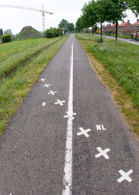 International bike path