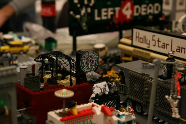 lego zombie town