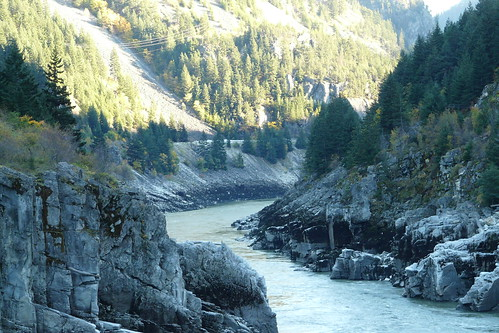 trees mountain canada forest river climb bc hellsgate