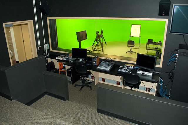 Pti multimedia studio flickr photo sharing for Salon multimedia