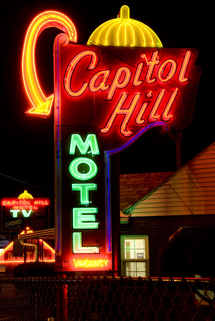 Capitol Hill Motel - 9110 SW Barbur Boulevard, Portland, Oregon U.S.A. - August 29, 2008