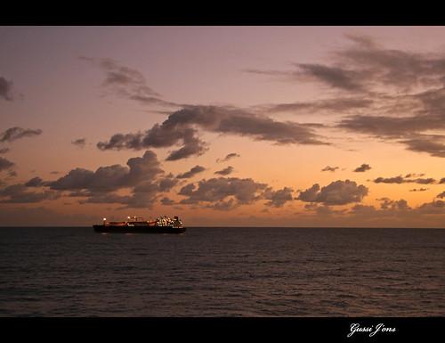 sea clouds sunrise canon spain ship laspalmas canaryisland canoneos30d canonefs1785mmf456isusm