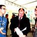 Mar, 18/11/2008 - 13:13 - O director xeral de I+D+i, Salustiano Mato, e o delegado en Ourense da Consellería de Innovación e Industria, Xosé Antón Jardón, atenden as explicacións do responsable do proxecto de base múltiple para conexións eléctricas (Universidade Laboral de Ourense). Galiciencia. 18 de novembro de 2008