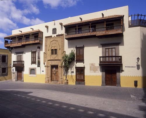 Casa de col n en el barrio de vegueta en las palmas de gra - Casa activa las palmas ...