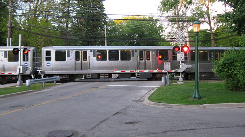 Southbound CTA purple line train departing from the Linden Avenue Terminal. Wilmette Illinois. Early June 2009. by Eddie from Chicago