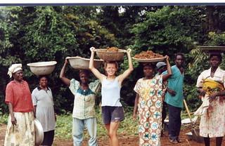 Ghana, 2001