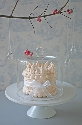 meringue crown