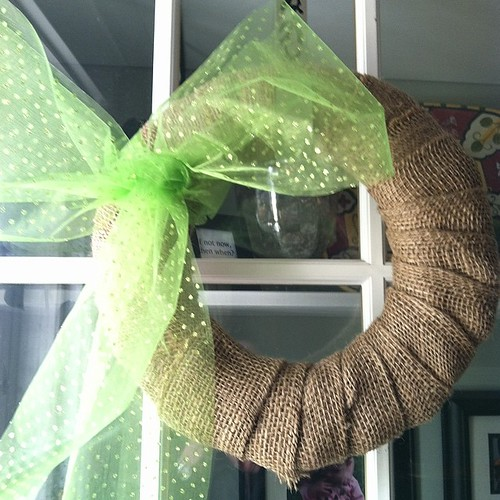 My gussied up simple burlap wreath #springdecorating