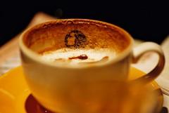 hong kong-style milk tea(0.0), ristretto(0.0), caff㨠macchiato(0.0), espresso(1.0), cappuccino(1.0), flat white(1.0), cup(1.0), cortado(1.0), coffee milk(1.0), caf㩠au lait(1.0), coffee(1.0), caff㨠americano(1.0), drink(1.0), latte(1.0), caffeine(1.0),