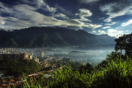 Matinal Mist over Caracas color