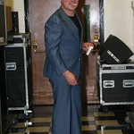 James Hunter preparing to go on stage at the 2008 Holiday Cheer for 'FUV Concert  Photo by Jeff Fasano