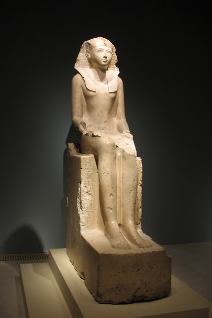 statue of hatshepsut seated Mortuary temple and large kneeling statue of hatshepsut, c 1479-58 bce, new kingdom, egypt speakers: dr beth harris and dr steven zucker  seated scribe the great pyramids of giza pyramid of khufu pyramid of khafre and the great sphinx pyramid of menkaure.