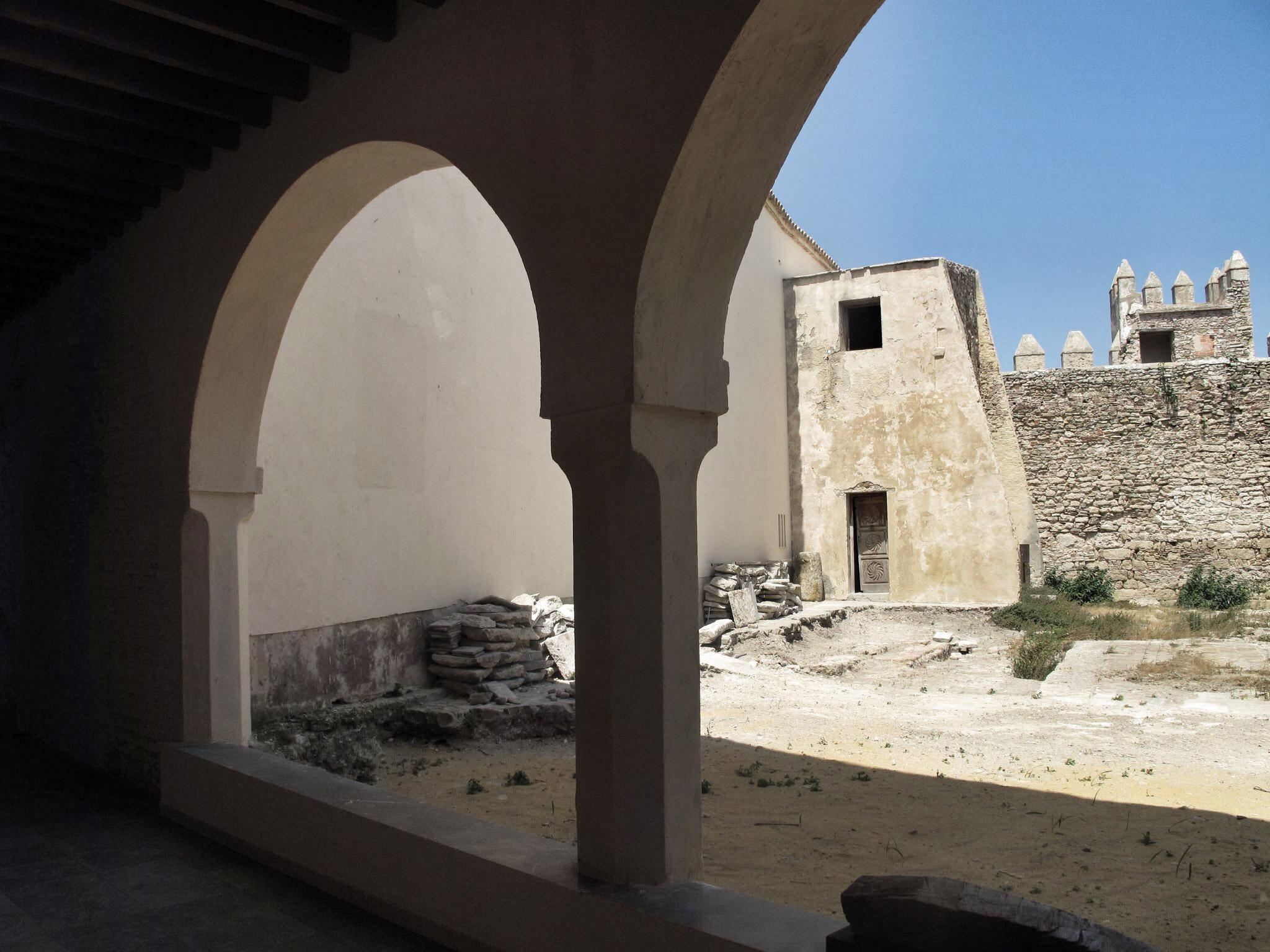 castillo tarifa_descuidado_rehabilitacion_patrimonio